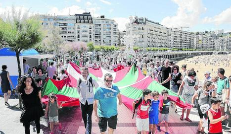 Manifestació en suport als professors de l'IES El Palau acusats d'adoctrinament.