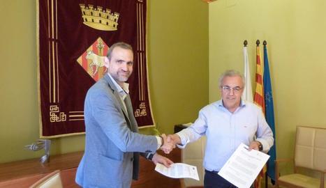 La firma de la renovació del conveni a les Borges.