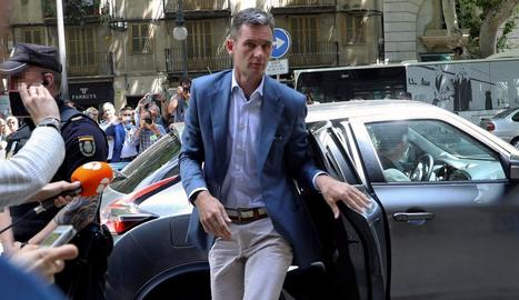 L'exduc de Palma, Iñaki Urdangarin, ahir, a l'arribar a l'Audiència de Palma.