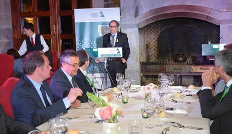 Joan Reñé va presentar la taula redona de Jordi Barri, Joan Mayoral i Neo Sala, moderada per Lluís Foix.