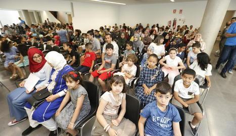 Els alumnes van recollir ahir els seus diplomes al local social de l'Ereta.