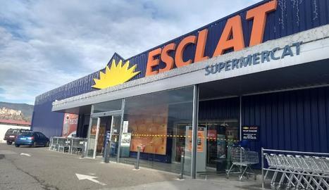El supermercat de la cadena Esclat a Tremp.