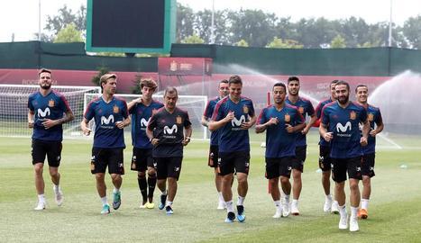 Els jugadors de la selecció que no van jugar contra Portugal es van exercitar ahir a Krasnodar.