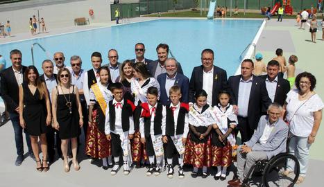 La inauguració de les piscines d'Alpicat va comptar amb la presència del president de la Diputació.