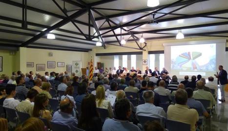 Vista general de l'assemblea de la Cooperativa d'Ivars celebrada ahir, a la qual van assistir 180 socis.