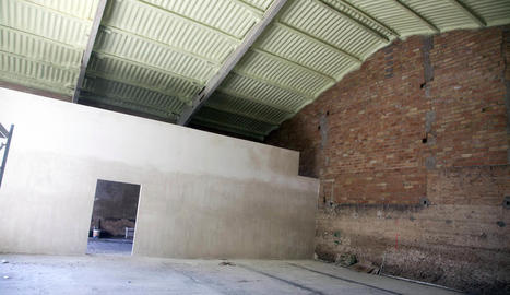 L'espai en obres de l'antic escorxador que acollirà la sala dedicada a la processó.