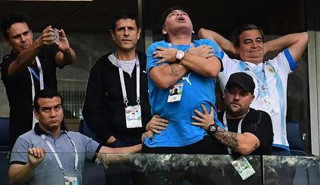 Maradona en ple èxtasi.