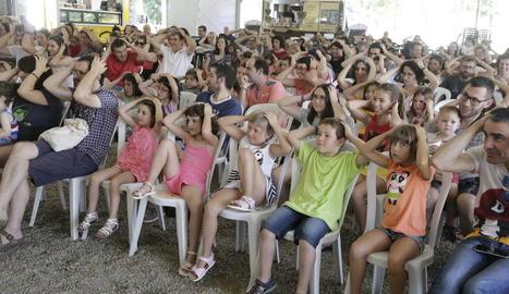 Els assistents a l'espectacle de Marcel Gros van col·laborar a la perfecció amb el pallasso.
