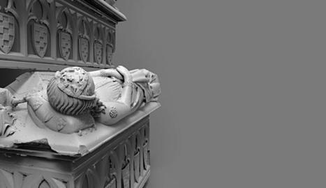 Cecília de Foix és en un sepulcre doble.