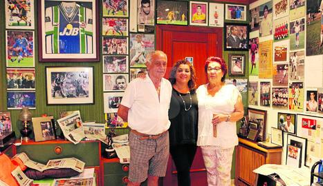 Els pares i la germana han fet a l'habitació on va créixer Robert un autèntic museu amb fotos i retalls de premsa d'ell.