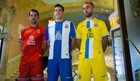 Víctor Sánchez, Darder i Javi López, amb les noves samarretes.