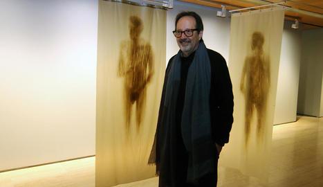 El colombià Óscar Muñoz, al desembre en la inauguració de les seues obres a la Fundació Sorigué.