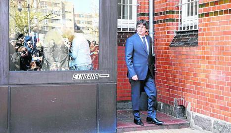 Carles Puigdemont, al sortir de la presó de Neumünster, el passat 6 d'abril.