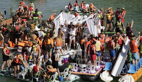 Barca 'La Ramona' en un moment del recorregut.