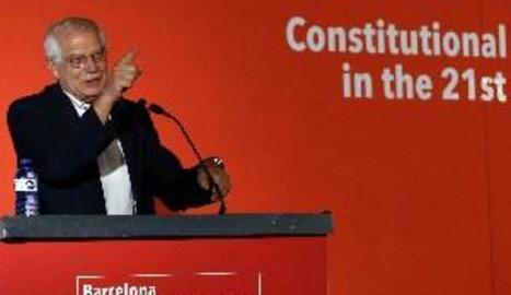 """Borrell crida a no reconèixer """"cap superioritat moral"""" a l'independentisme"""