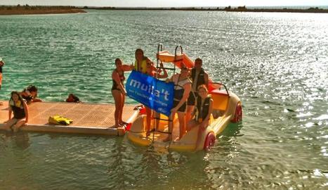 Una de les activitats aquàtiques de la jornada.