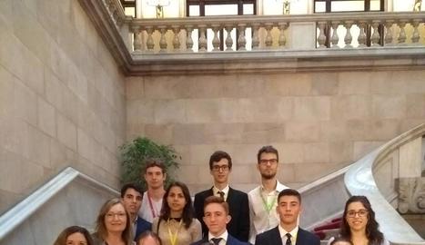 Els alumnes van iniciar ahir el curs de formació al Parlament.