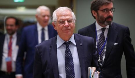 El ministre Borrell, ahir.