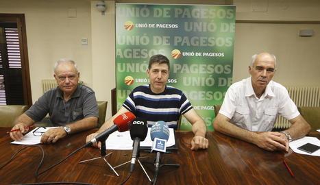 Santi Querol, Rossend Saltiveri i Josep Maria Cortasa van fer ahir un balanç del sector porcí.
