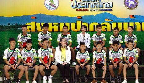 Els nens atrapats en una cova tailandesa van provar de cavar un túnel per escapar-se de la gruta