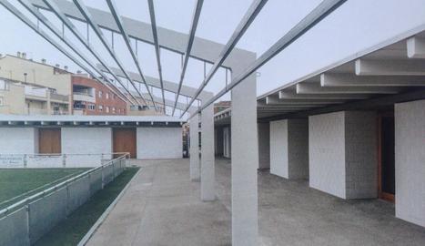 Imatge del camp de futbol d'Alcarràs després de la reforma.