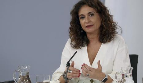 La ministra d'Hisenda, María Jesús Montero, durant la roda de premsa després del Consell de Ministres.