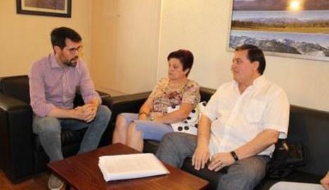 La reunió dels representants del col·lectiu amb l'alcalde.