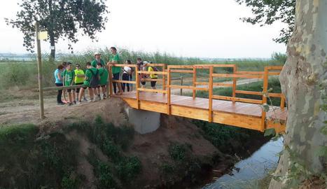 Imatge de la passarel·la al camí de Montgai, a Linyola.