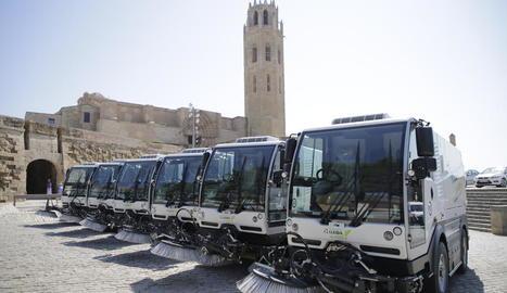 Ilnet canvia 32 vehicles per netejar carrers per tres milions d'euros