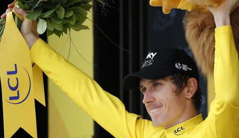 Geraint Thomas celebra el seu triomf al Tour de França després d'acabar tercer en l'única contrarellotge d'aquesta edició.