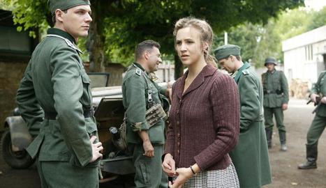 TV3 estrena avui la sèrie 'Un poble francès', que s'emetrà de dilluns a divendres a les 15.40 hores.