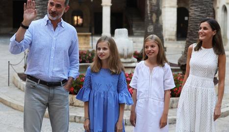 La família reial estrena posat estiuenc al Palau de l'Almudaina