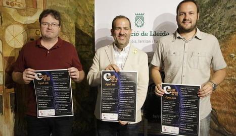 L'edil de Cultura David Pradas, el diputat Eloi Bergós i l'alcalde de Castellserà, Marcel Pujol, ahir.