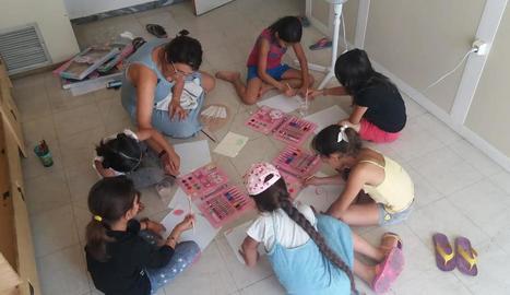 El projecte Humanitat atén una vintena de famílies amb nens.