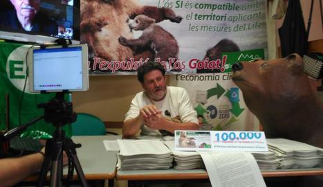 Ipcena va presentar ahir 100.000 firmes contra el trasllat de Goiat.