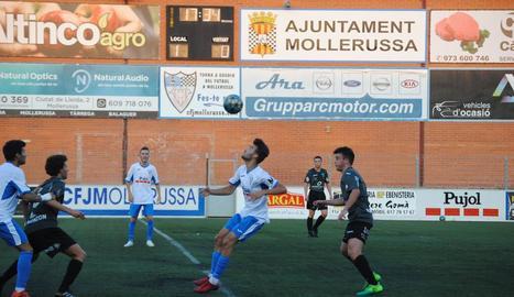 El Mollerussa va jugar dimecres un amistós amb el Lleida Juvenil.