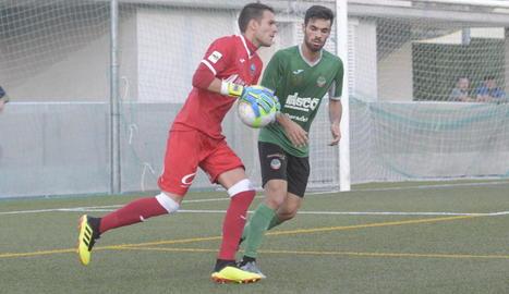 Jugadors del Lleida celebren un dels dos gols marcats ahir a Ascó.
