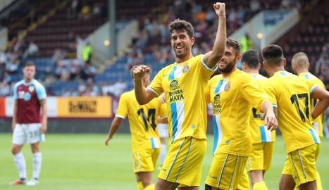 Jugadors de l'Espanyol al celebrar, ahir, un dels gols.