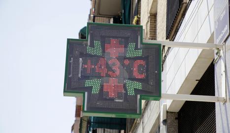 Un termòmetre a Lleida ciutat la passada setmana.