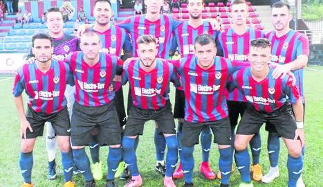 Formació inicial del Tàrrega en el partit que va jugar ahir davant del Cervera.