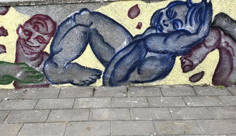 Imatge de la pintura mural creada aquest cap de setmana per Jan Vallverdú i Nebil Riadh.