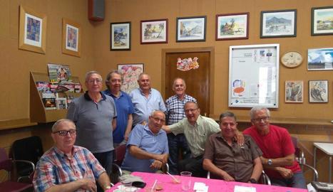 La foto de grup més recent dels quintos lleidatans que van compartir mili a les Canàries.