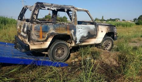 Imatge d'estat en el qual va quedar el vehicle després de ser calcinat.