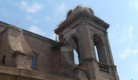 Una de les torres de la Catedral Nova de Lleida.