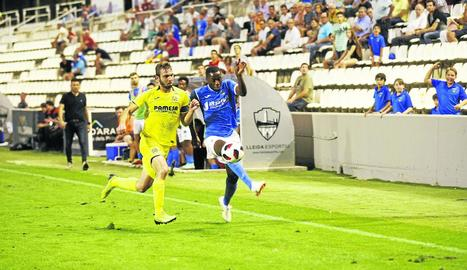 El jugador del planter Alpha va debutar ahir a Segona B amb el Lleida.