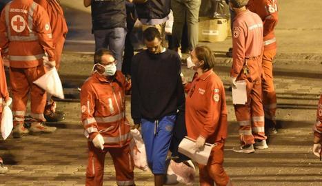 Imatge de diumenge del desembarcament dels migrants a bord del vaixell italià 'Diciotti'.