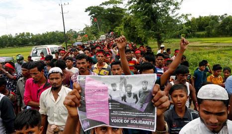 Protesta de refugiats rohingya a Teknuf, Bangla Desh, dissabte.