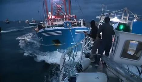 Imatge dels xocs entre els pesquers britànics i francesos.