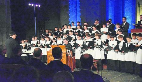 Concert inaugural a la Seu amb l'Escolania de Montserrat.