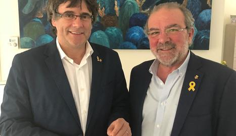 Carles Puigdemont i Joan Reñé, ahir a Brussel·les.